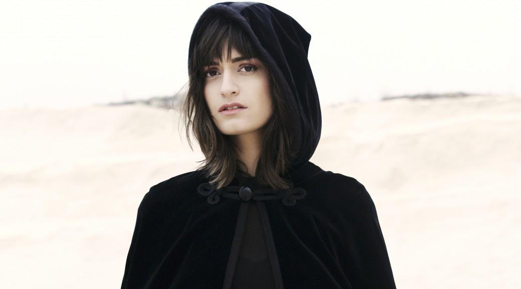 Clara Luciani 6 @ Claudia Revidat